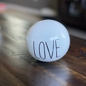 LOVE ceramic sphere decoration